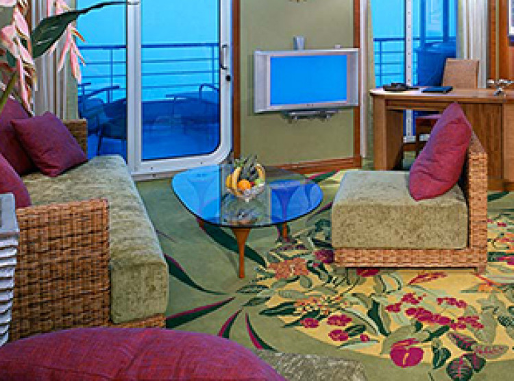 Norwegian Cruise Line Pride of America Accommodation Owners Suite.jpg