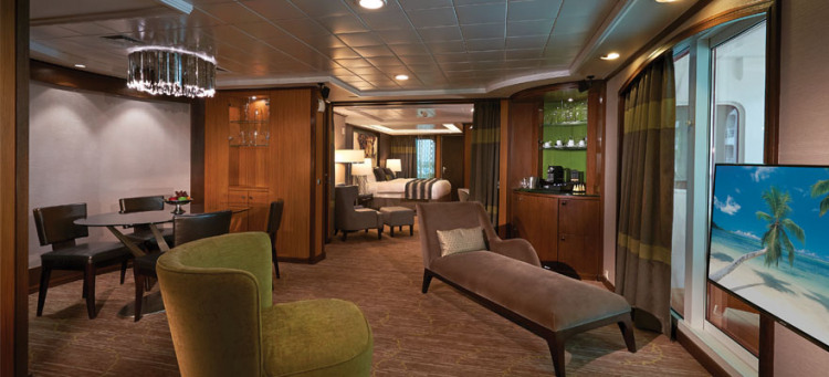 Norwegian Cruise Lines Norwegian Jade Accommodation Haven Villa 3.jpg