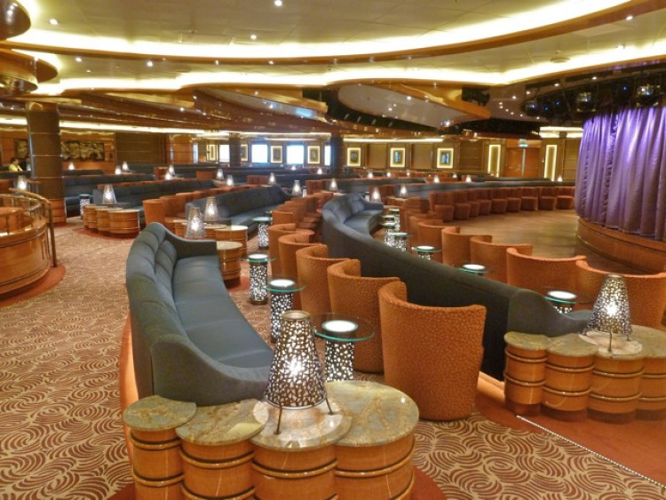 Princess Cruises Royal Class Interior vista lounge.jpg