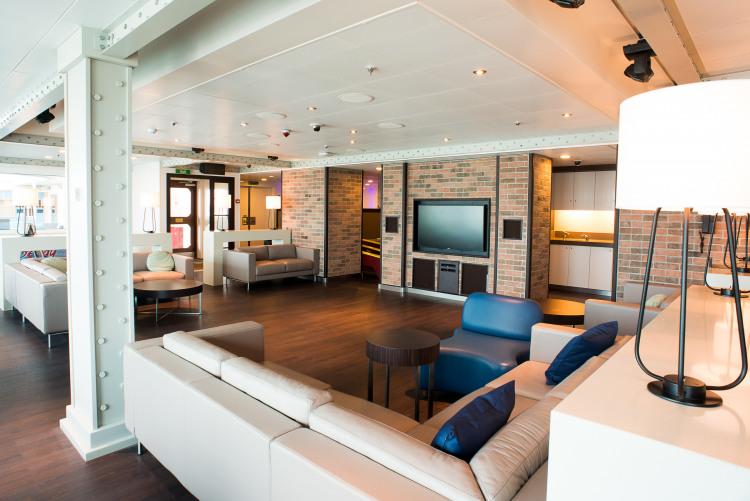 Princess Cruises Coral Class remix 3.jpg