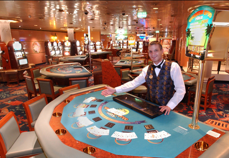 princess cruises caribbean princess casino 2014.jpg