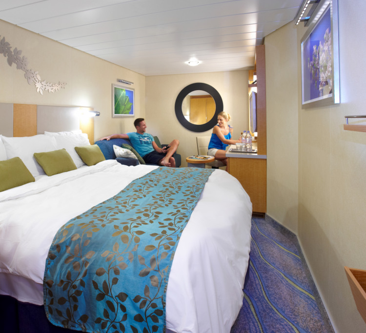 Royal Caribbean International Oasis of the seas accommodation Interior Stateroom.jpg