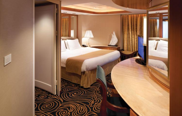 Royal Caribbean international vision of the seas accomm royal suite.jpg