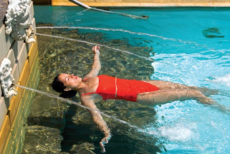 Royal Caribbean International Voyager of the Seas Exterior Pool Woman 2.jpg