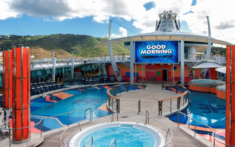 Royal Caribbean International Freedom of the Seas Exterior Pool Deck Island.jpg