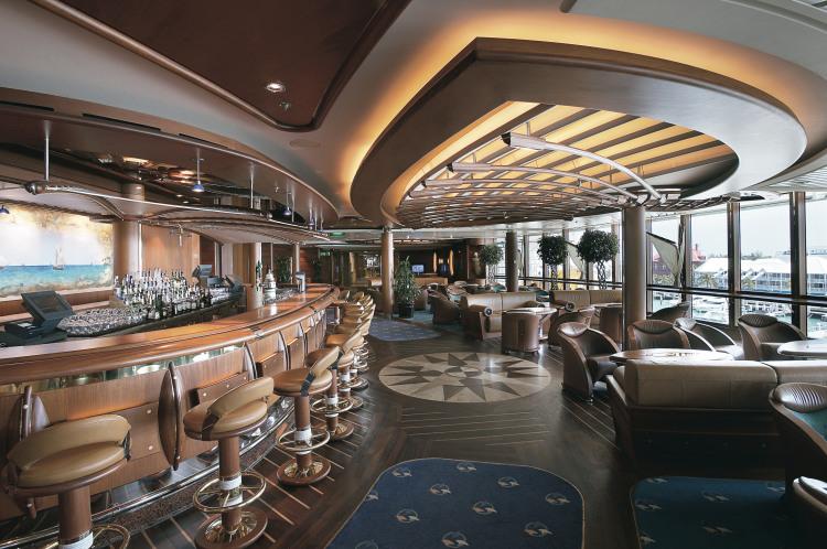 Royal Caribbean International Jewel of the Seas Interior Schooner Bar 3.jpeg