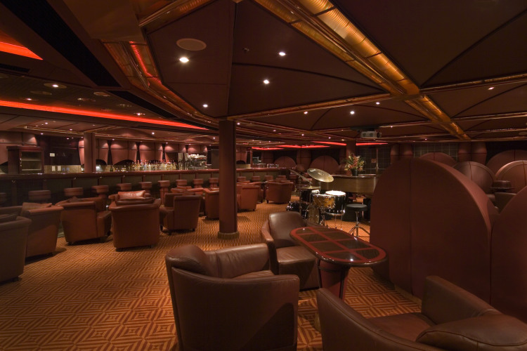 Carnival Splendor Robusto Bar 1.jpg