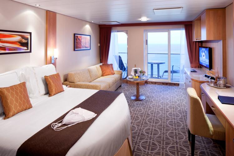celebrity cruises celebrity solstice aquaclass suite.jpg